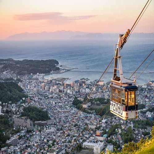 **小樽観光/「小樽天狗山ロープウェイ」小樽の街を一望!絶景を望めます。