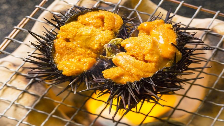 *料理のイメージ画像(焼ウニ)/野趣満点な磯の香りが旨さの秘訣。