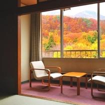 本館和室8畳・秋