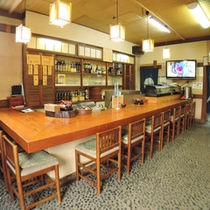 【食堂】お食事はこちらでご用意いたします。お昼も営業中!