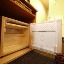【全室完備】               冷蔵庫