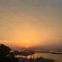 島宿御縁からの朝陽