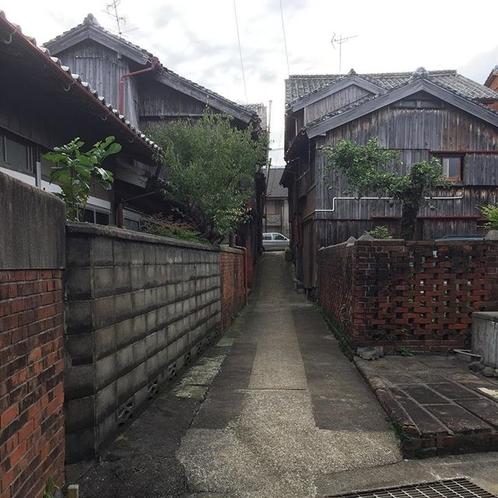 小値賀島の路地裏
