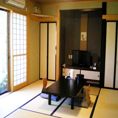 部屋食プランのお部屋は、広いお部屋ですのでゆっくり過ごせます。