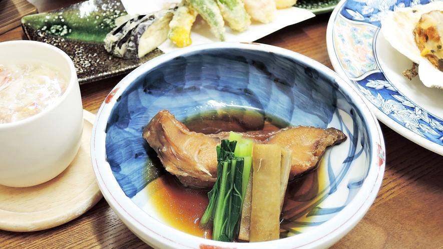 *夕食一例*ご当地グルメ『メヌケの煮魚』はふっくらとしてて御飯が進みます