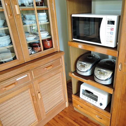 *【施設設備】電子レンジ・炊飯器・トースターなどもごお自由にお使いいただけます。