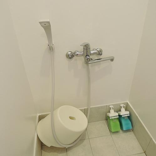 *【風呂】清潔なシャワールームで汗を流しましょう。