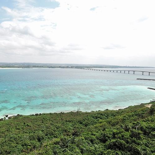 *【周辺】透き通った青い海がとてもキレイな場所です。