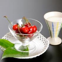 【朝食】デザート 季節のフルーツとヨーグルト