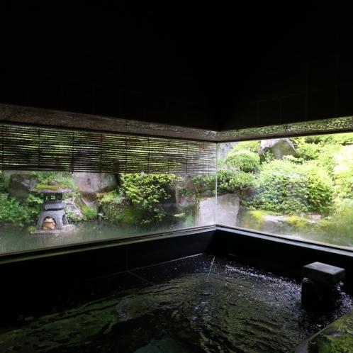 ■【特別室】特別室にはお風呂がついております。