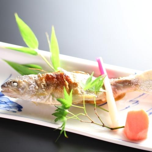 ■【焼き物】岩魚の塩焼き。日々新鮮な岩魚を仕入れて焼いております