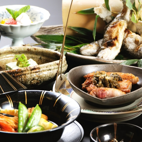 ■【絢 aya 会席】メインは信州ポークのステーキ