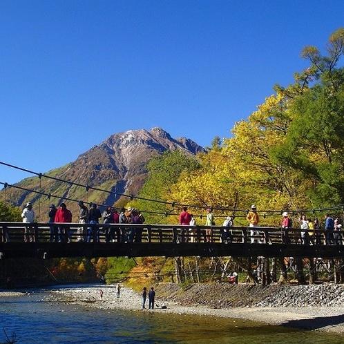 ◇上高地の合羽橋<アクセス:さわんどのバス乗り場まで車で約65分>