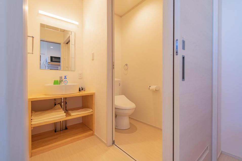 シークレットベース 洗面、トイレ