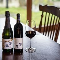 お料理に相性抜群なワインのラインナップもご用意しております。