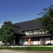 【篠山市立歴史美術館】