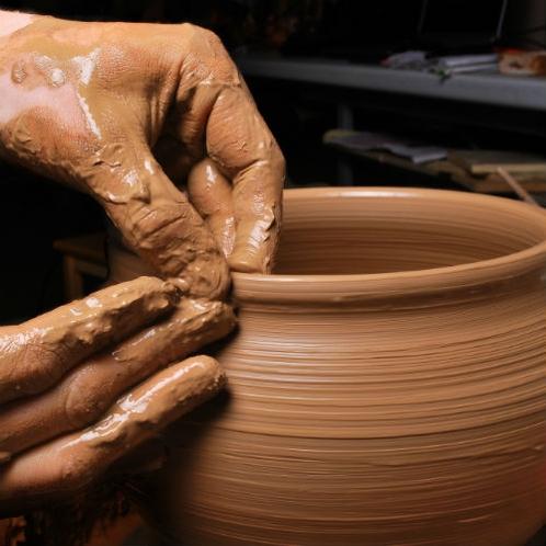 【丹波焼体験】日本六古窯で世界にひとつだけの作品作りを