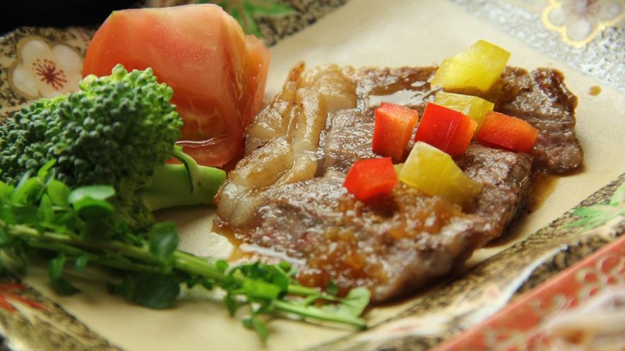 ■【お食事】~贅を極める・茨城グルメ饗宴~自信をもってお届けする地元銘柄牛・常陸牛サーロインステーキ