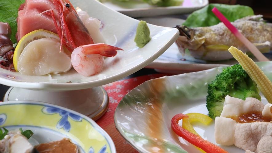 ■【お食事】~四季と移ろう逸品~旬の地物にこだわった料理をご提供致します。