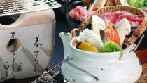 【食事】松茸づくし&松茸飛騨牛コースの一例。香り立つ土瓶蒸し。