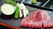 【食事】飛騨牛づくし&松茸飛騨牛コースの一例。とろける飛騨牛ステーキ。
