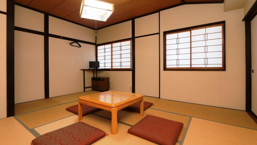和室8畳(しゃくし)一例