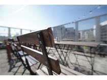 【写真スポット】天気のいい日には大阪の市街と青い空が素敵ですよ!