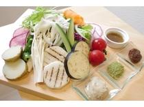 【野菜も充実!】新鮮な産直野菜を使用した料理はヘルシーさ満点!!