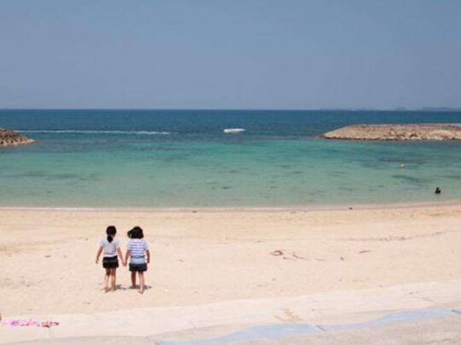 宇堅ビーチ(うけんビーチ) 【車で約25分】