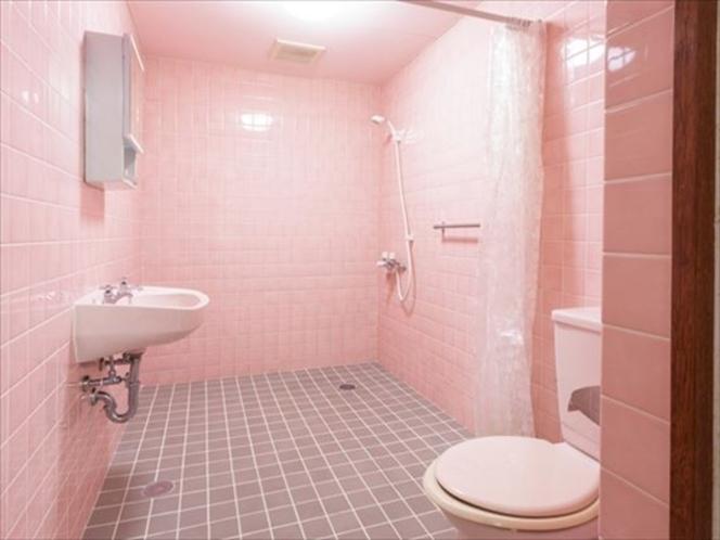 3階フロア 主賓室専用のシャワー・トイレ
