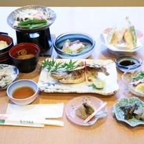 *【お料理】夕食一例。旬のものを一番美味しい調理方法で召し上がれ♪