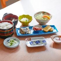 *【朝食】和食であっさりしたメニューです♪