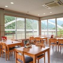*【レストラン】お食事場所はこちらになります。