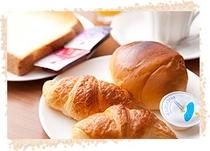 毎朝焼き立てのパンをご提供♪♪