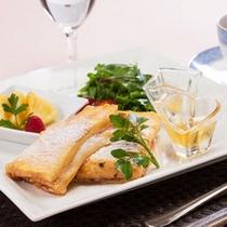 【ご朝食】クロックムッシュのフレンチトースト