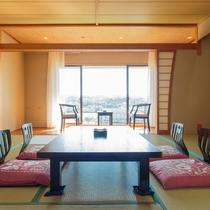 【全室禁煙】大きな窓は開放感があり、郷ノ浦港を一望できます♪