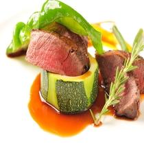 ディナー 肉料理 一例