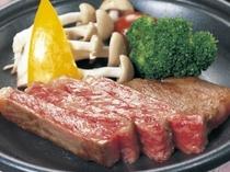 宮崎牛陶板焼きステーキ