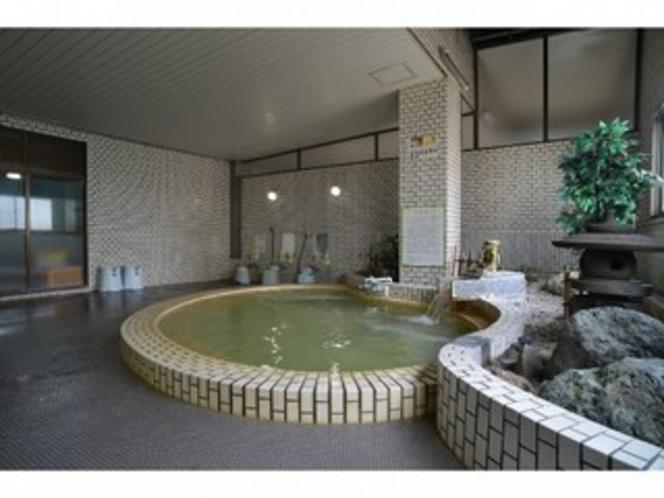 自慢の天然温泉