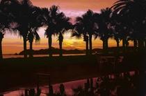 夕焼けの温海水プール(タラサの湯)