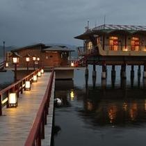 湖上露天風呂:夕方