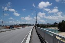 ホテル近く波之上橋からの景色3