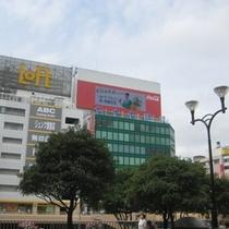 ☆まずはJR仙台駅の西口に出ます♪駅を出て右手に進んで下さい☆
