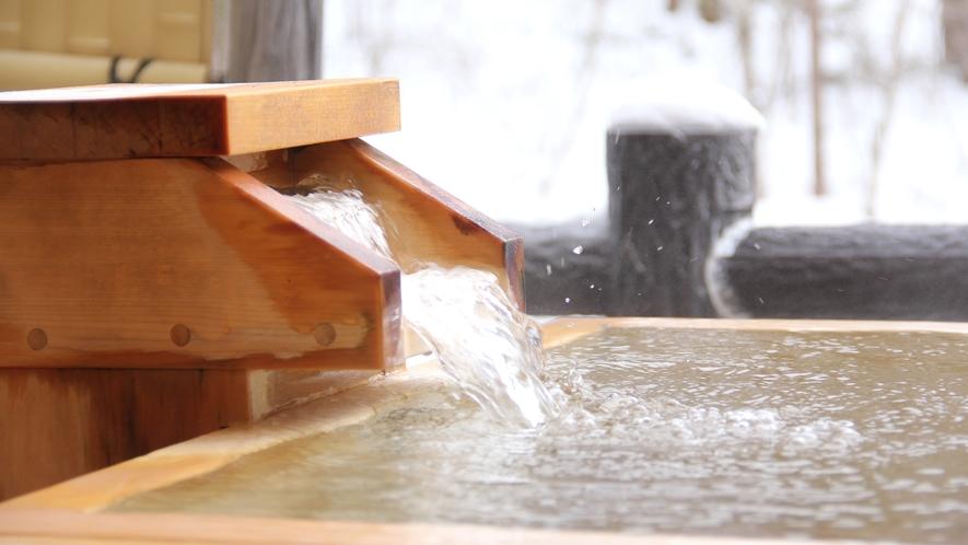 【貸切風呂・檜の湯】身体の芯から温まる雪見温泉は冬の醍醐味