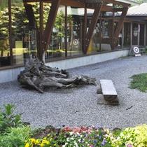 美術館併設の喫茶店「カフェ・マイセン」もあります♪