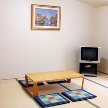【観山荘客室】