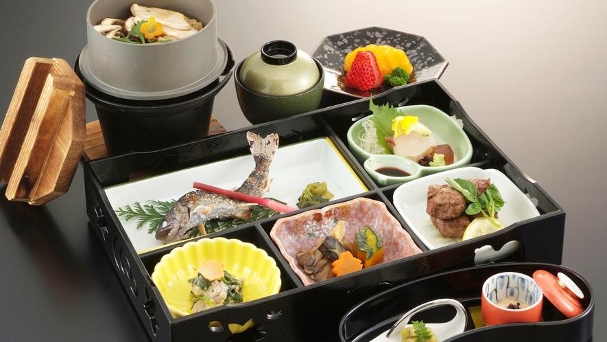 *【お食事例】山海御膳