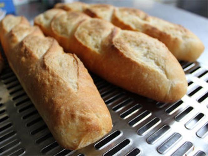 天然酵母で焼き上げた自家製パン