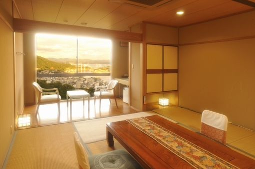 東側客室:和室10畳【1泊2食】