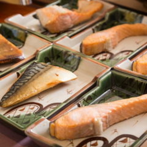 ふっくら美味しい焼き魚と。